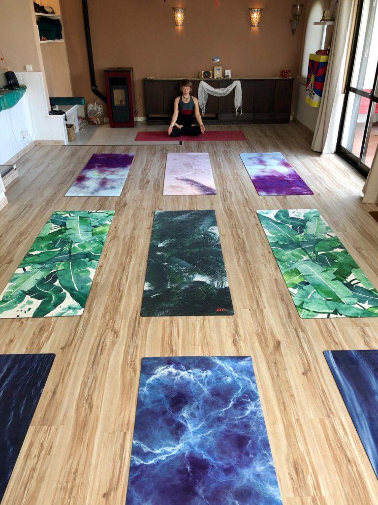 Agni Way Lagos Yoga Shala: mats